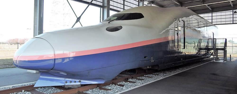「E4系新幹線の運転席を初公開!」の写真